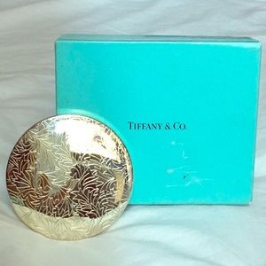 Gorgeous Tiffany pocket mirror! New, no scratches